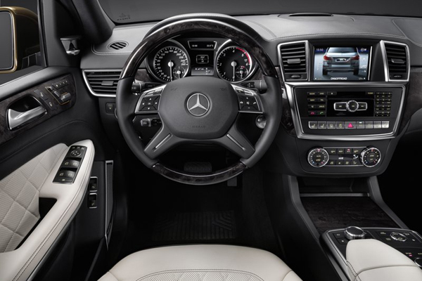 Mercedes GL Class салон фото