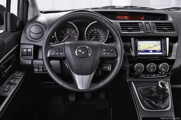 Mazda 5 салон фото