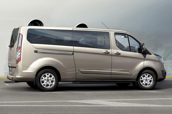Ford Tourneo микроавтобус фото
