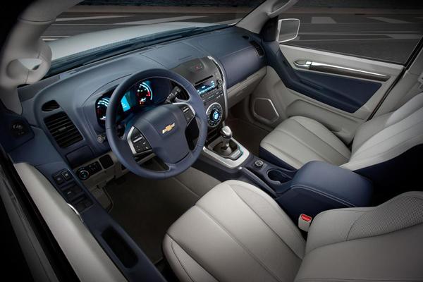 Chevrolet Trailblazer салон фото