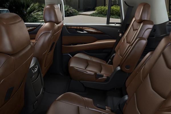 Cadillac Escalade фото салона